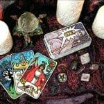 Amarre para que conozcas su pasado y futuro con la magia del tarot